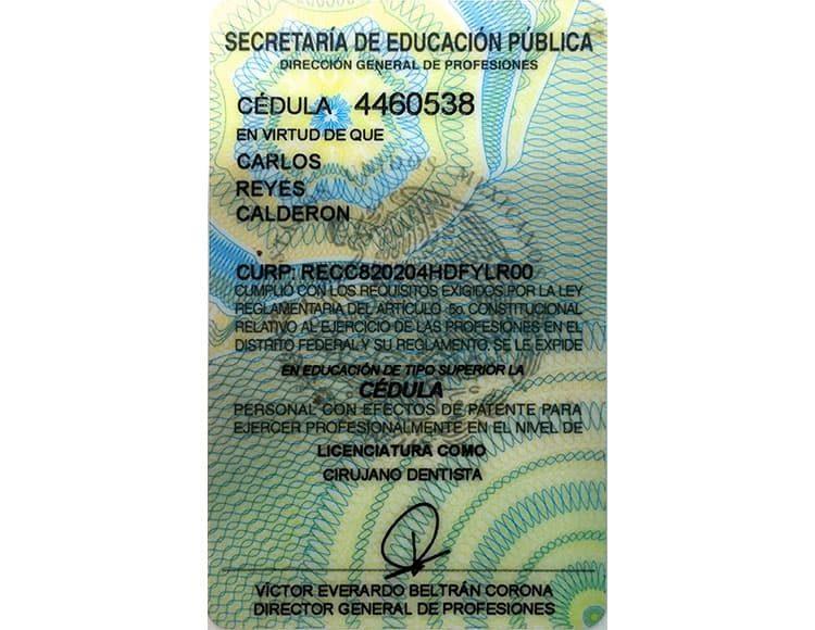 Certificado Carlos Reyes