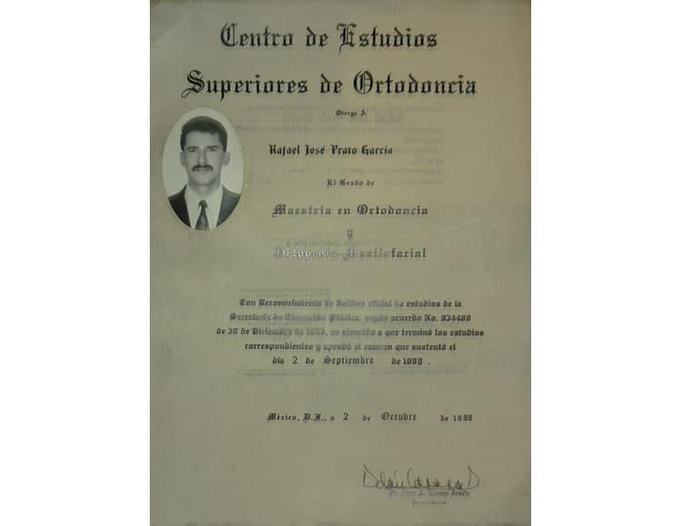 Titulo-Cirujano-Maxilofacial-Dr.Rafael-Prato